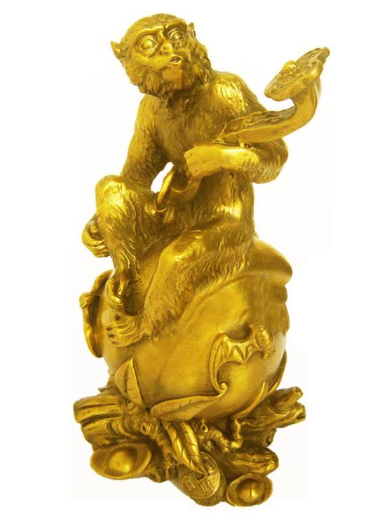 Tượng khỉ trên đào - đúc đồng, mạ vàng 24K